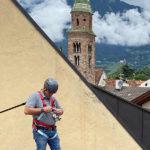 dachhelm-masc-auf dach-gesichert